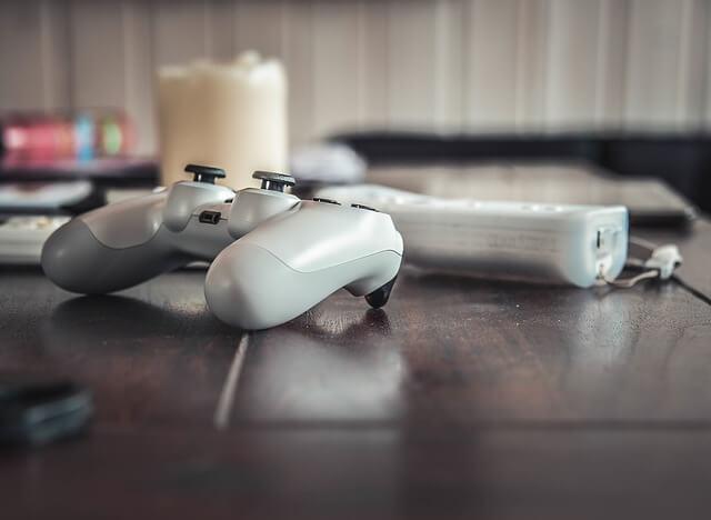 Playstation 4 czy Xbox One?